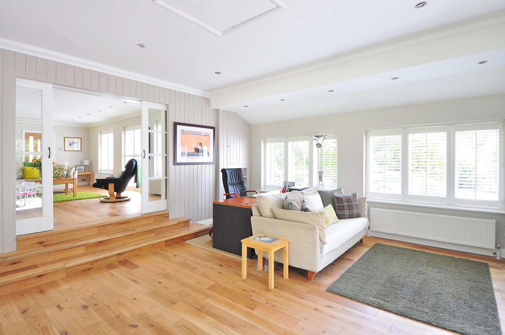 light hardwood floor for dogs